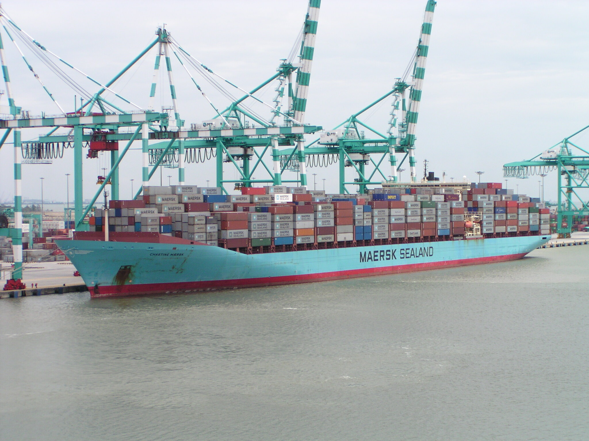 крем мостик современного контейнеровоза фото ани?лаш