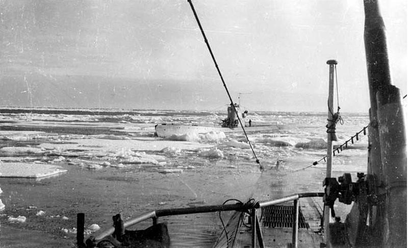 переход подводных лодок в 1942